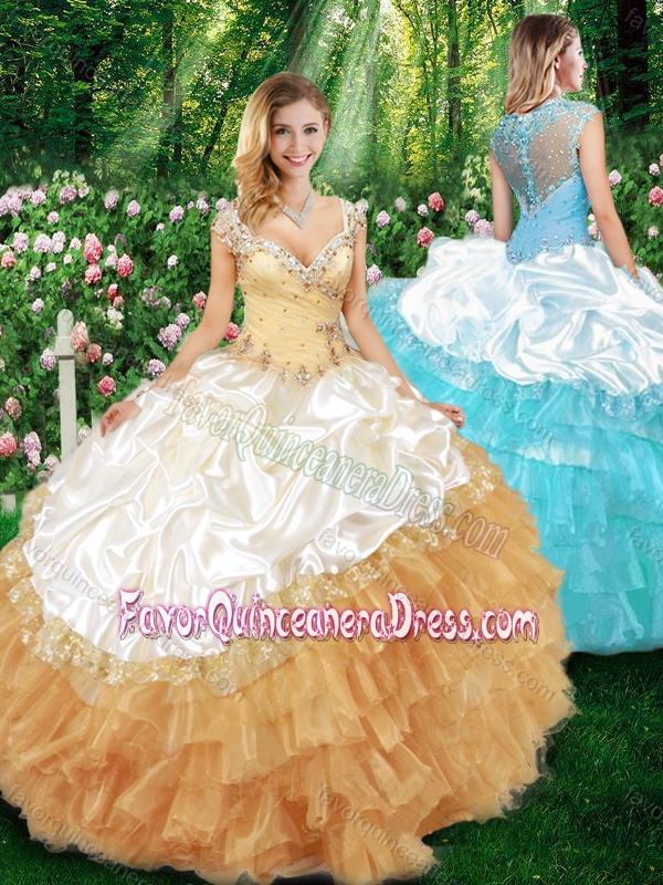 2016 Sweet Ball Gown Champagne Quinceanera Dresses with Beading