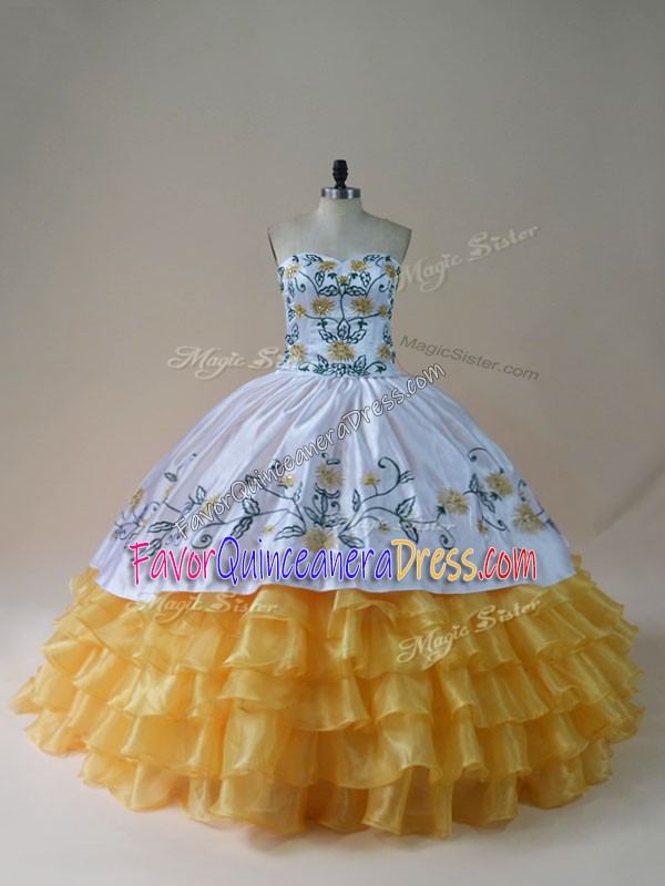 Eye-catching Ball Gowns Ball Gown Prom Dress Yellow And White Sweetheart Organza Sleeveless Floor Length Lace Up
