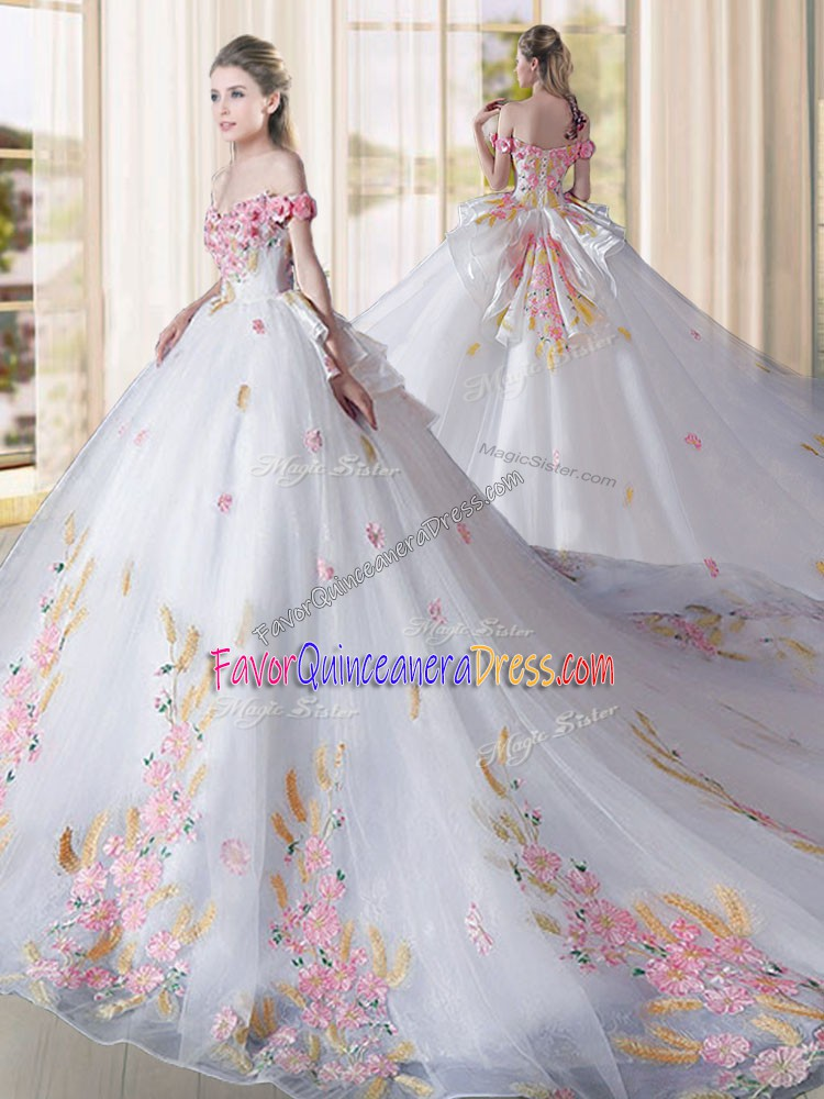 Sweet Tulle Sleeveless Quinceanera Dresses Cathedral Train and Appliques