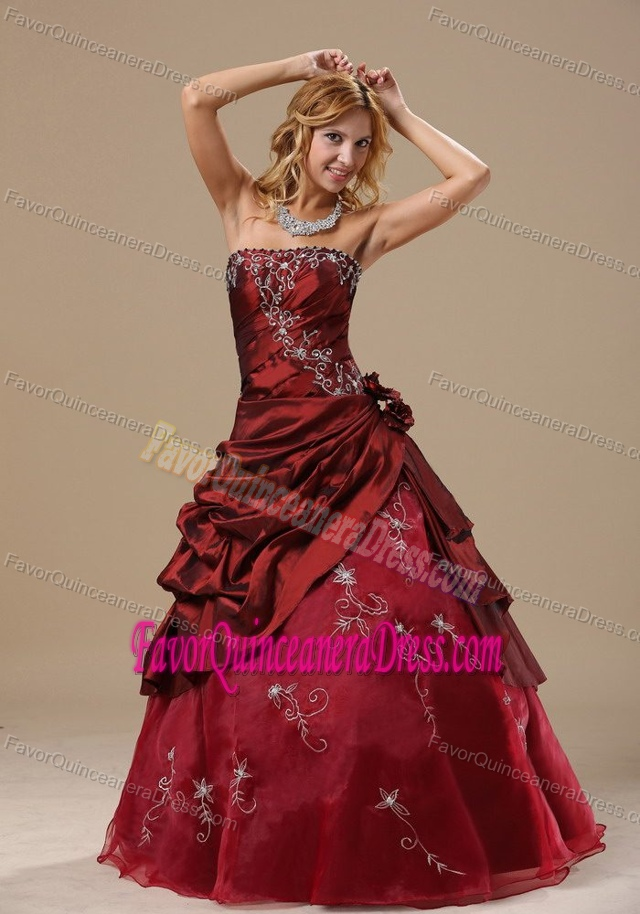 Flowers Strapless Embroidery Burgundy Pretentious Dresses for Quinceanera