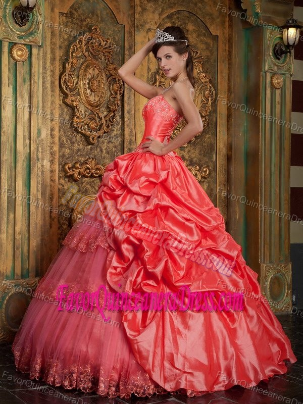 Watermelon Appliqued Sweetheart Quince Dresses in Taffeta and Tulle