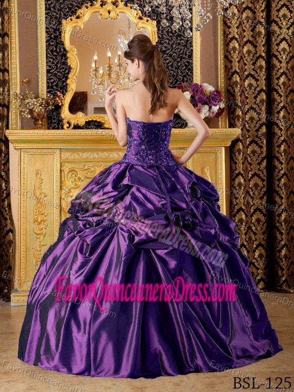 Purple Ball Gown Strapless Quinceanera Dresses with Pick-ups and Beading