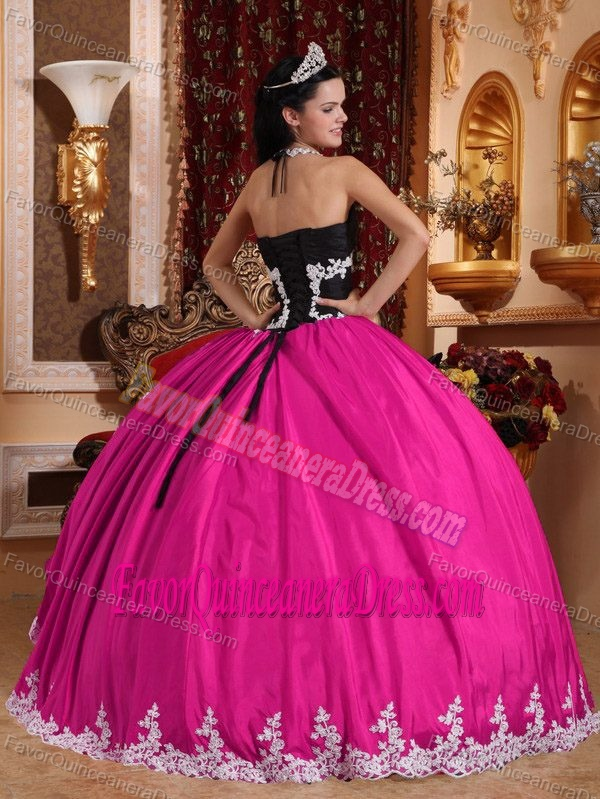 V-neck Floor-length Appliqued Quinceanera Dress in Taffeta and Organza