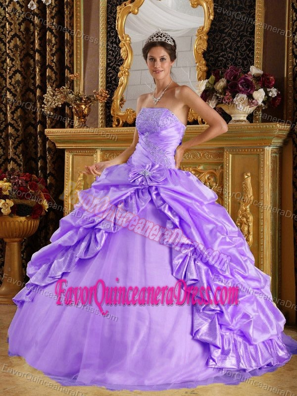 Lavender Ball Gown Sweet 15 Dresses in Taffeta and Tulle with Pick-ups