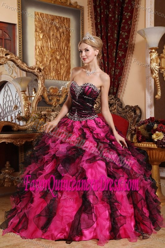 Wholesale Black and Red Organza Beaded Quinceanera Gowns with Ruffles