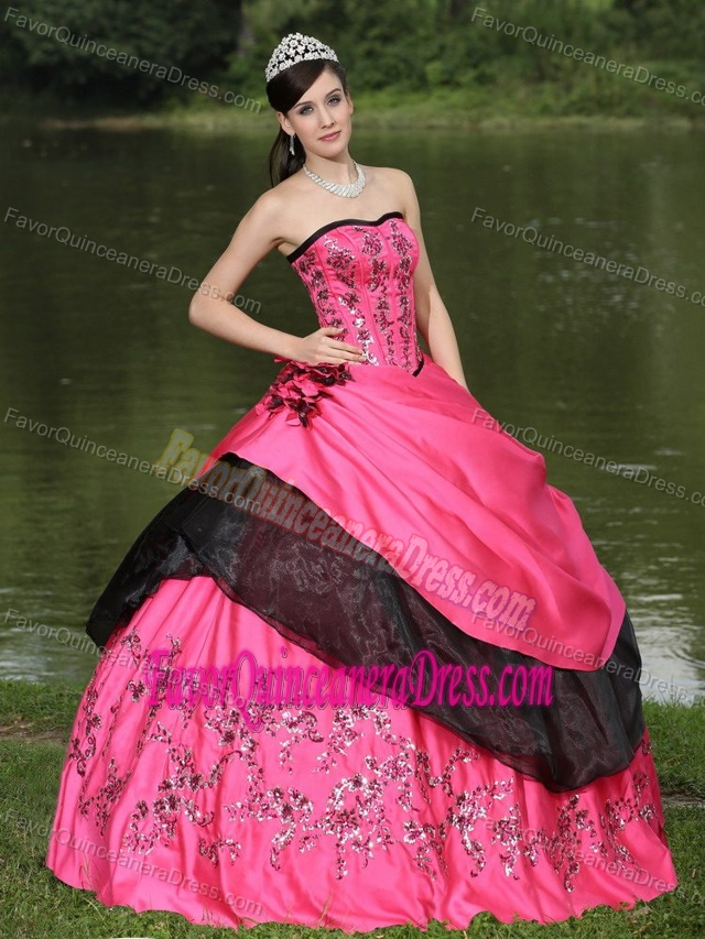 Popular Hot Pink Taffeta Sweet Sixteen Dresses with Appliques and Flowers