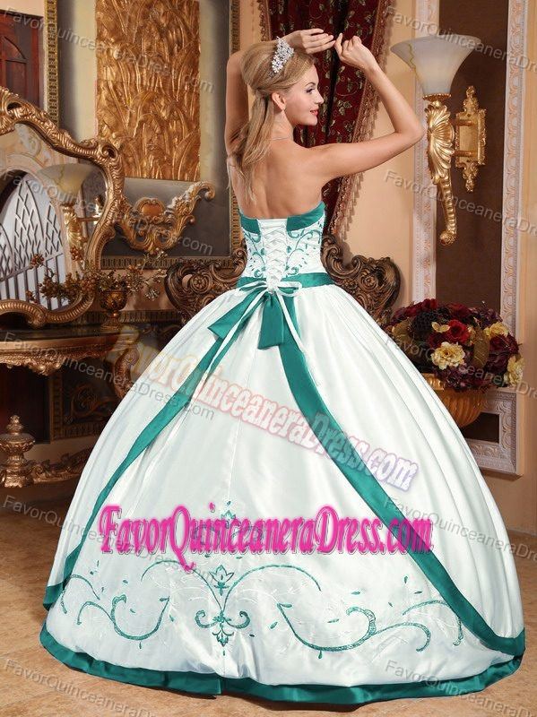 Ball Gown Strapless Floor-length Satin Embroidery Dress for Quince in White