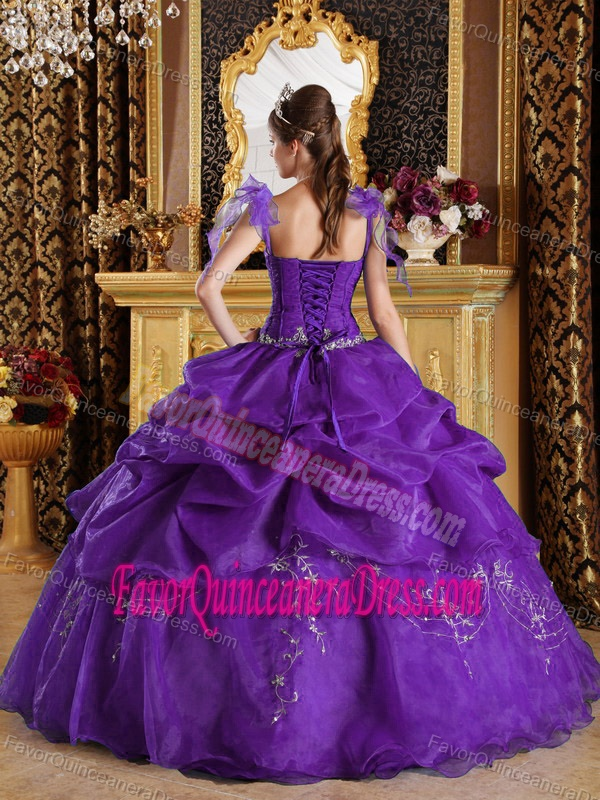 Floor-length Organza Appliqued Purple Quince Dress with Spaghetti Straps