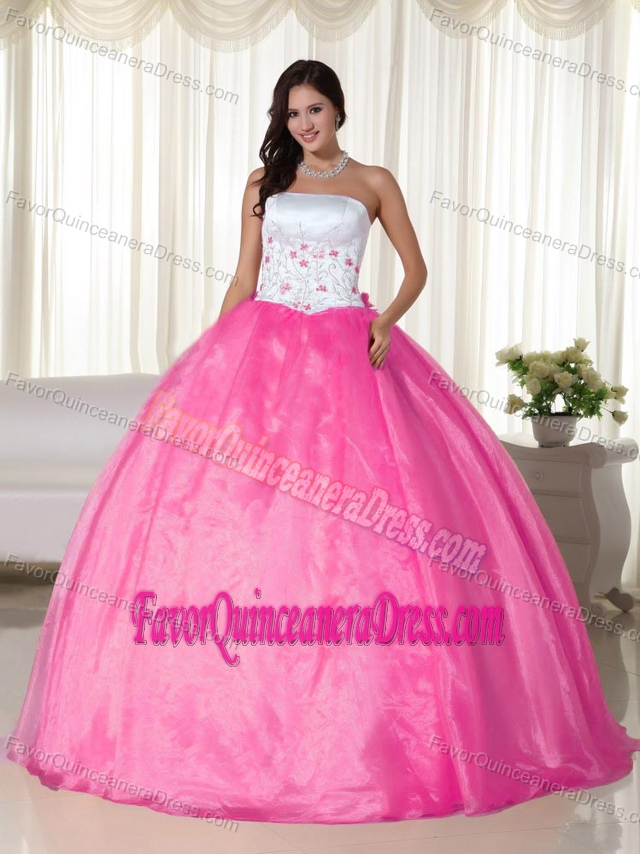 White and Pink Ball Gown Strapless Quinceanera Dresses with Appliques