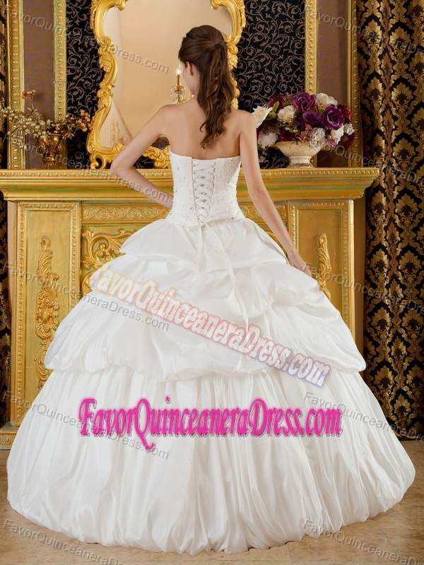 Dreamy Beaded White Taffeta Quinceanera Gown Dresses with Pick-ups