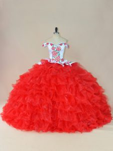 Off The Shoulder Sleeveless Brush Train Lace Up 15th Birthday Dress White And Red Organza