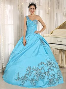 One Shoulder Aqua Blue Quinceanera Gowns with Appliques and Beading