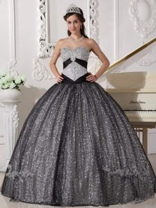 Vintage Sweetheart Silver Floor-length Sequin Quinceanera Dress with Appliques
