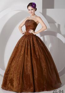 Luxurious Ruched and Beaded Tulle Brown Sweetheart Dress for Quinceaneras