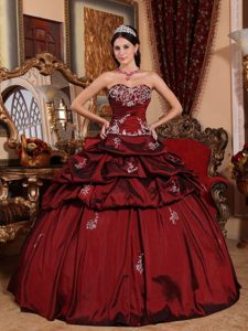 In The Mainstream Sweetheart Appliques Burgundy Pick Up Quinceanera Dress