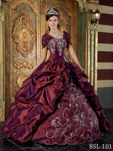 Strapless Embroidery Burgundy Taffeta Dressed to Kill Dress for Quinceanera