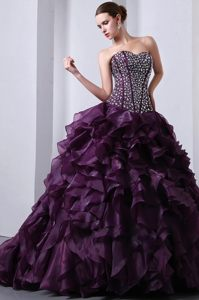 2014 Purple Ball Gown Sweetheart Quinceanera Dress with Beading and Ruffle
