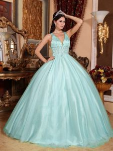 Classy V-neck Sweet 16 Quinceanera Dresses with Beadings and Cross on Back