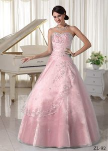 Taffeta and Organza Pink Sweetheart Sweet 16 Dresses with Beading