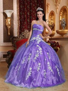 Cheap Organza Appliqued Lilac Ball Gown Sweet Sixteen Dresses Factory