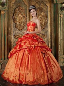 Orange Red Ball Gown Strapless uinceanera Dresses with Pick-ups and Bow