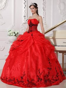 Sexy Red and Black Strapless Taffeta and Organza Sweet Sixteen Dresses