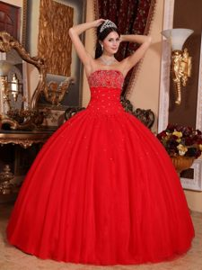 Princess Red Ball Gown Strapless Tulle Beaded Quinceanera Gown Dresses