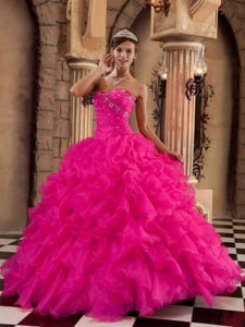 Sweetheart Floor-length Organza Ruffled Quinceanera Dresses in Coral Red
