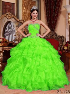 New Beaded Spring Green Organza Sweetheart Sweet 15 Dresses with Ruffles