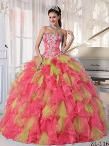Luxurious Strapless Floor-length Organza Quinceanera Dress with Appliques
