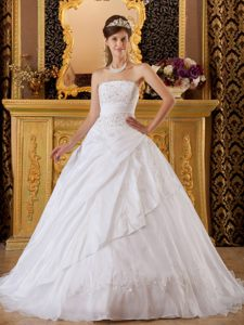 Best Seller Appliqued White Brush Train Quinceanera Gown in Tulle Taffeta