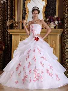Unique Strapless White Organza Quinceanera Dresses with Red Appliques